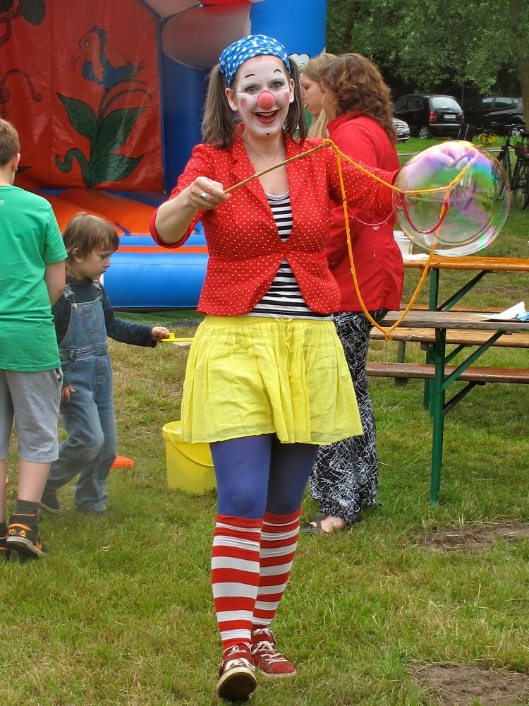 Clownin Viola Seifenblasen IMG_1828